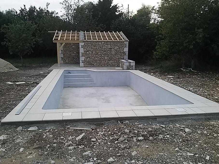 Maçonnerie Deves Frères - Construction d'une piscine et de son pool house