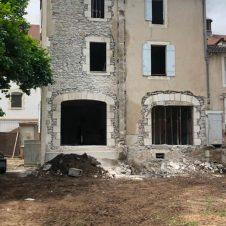Création d'ouvertures, sur la partie gauche de la maison (2)