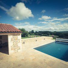 Un beau Projet : piscine avec vue sur la campagne du Lot